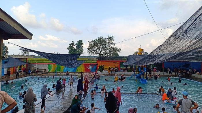 Menjelang Ramadhan Wisata Air Dipadati Pengunjung di Pidie Jaya