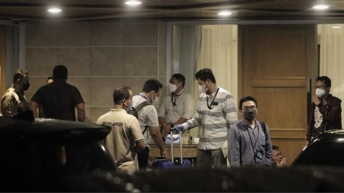Tim Penyidik KPK Geledah Rumah Dinas Wakil Ketua DPR Azis Syamsuddin