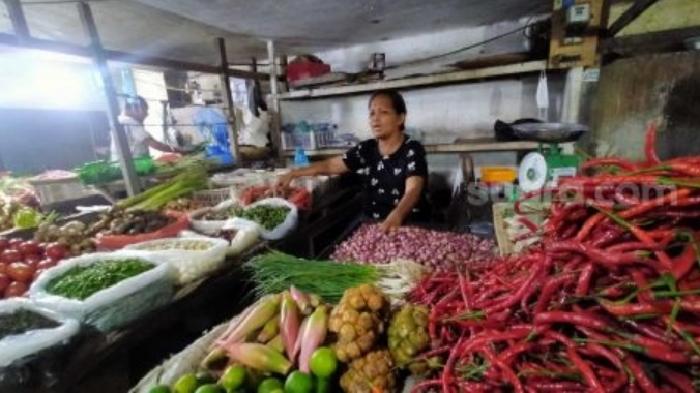 Pedagang Pasar di Medan Tolak Wacana PPN Sembako : Pandemi Covid-19, Jualan Pun Sepi!