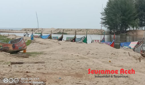 Muara Dangkal, Nelayan di Lhok Babah Nipah Kesulitan Melaut