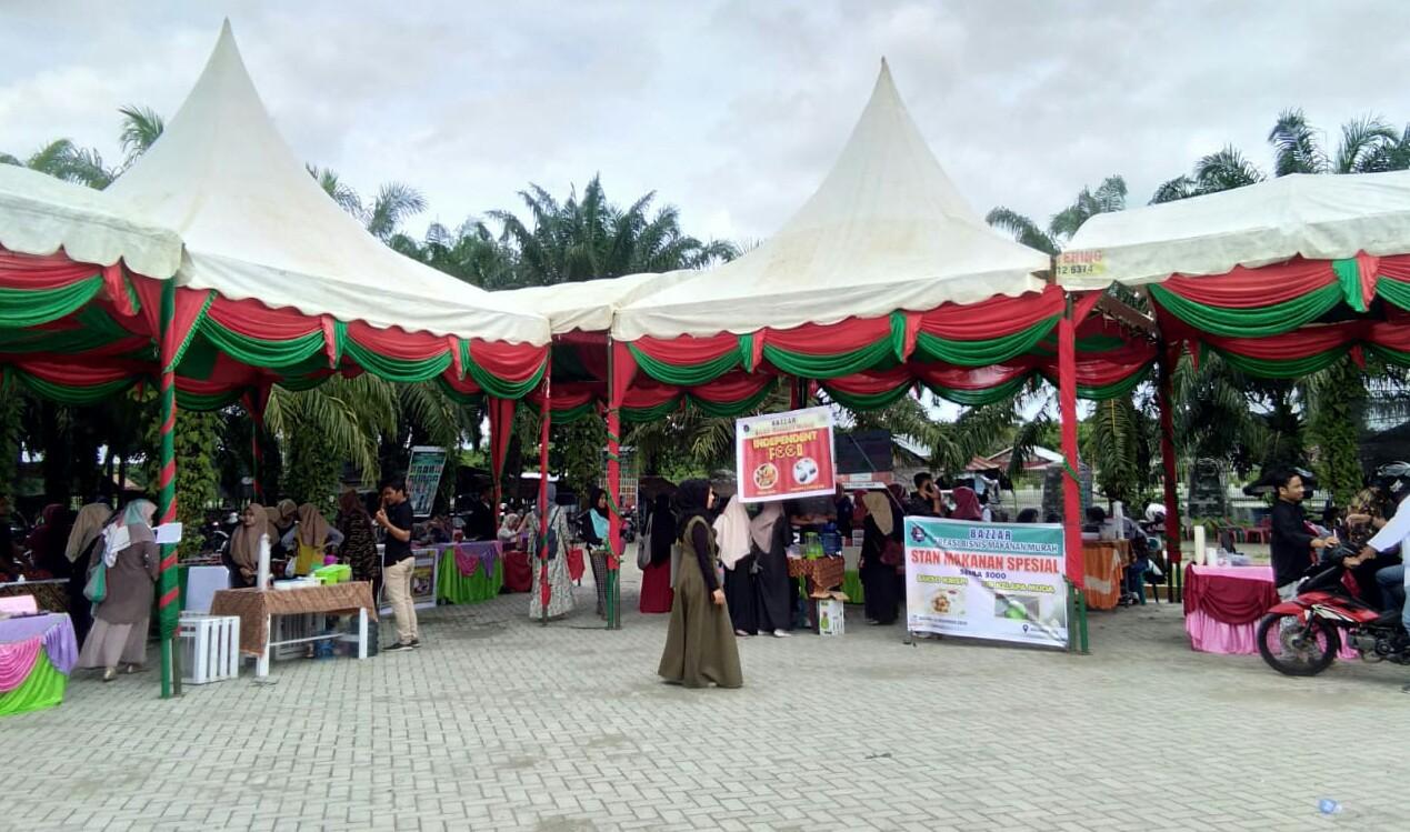 Tumbuhkan Jiwa Kewirausahaan, Mahasiswa Ekonomi UTU Gelar Bazar
