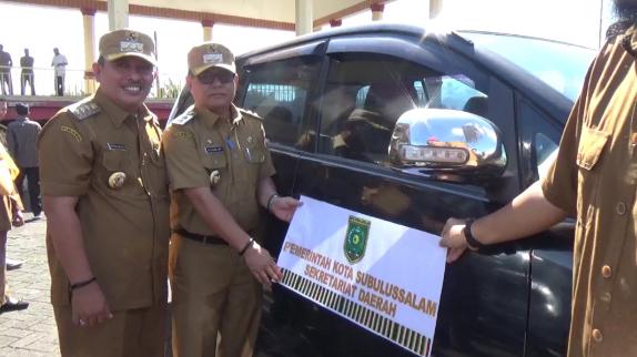 Seluruh Mobil Dinas Di Subulussalam Akan Dipasang Stiker Berlogo Pemko